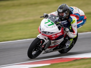 ACCR Czech Talent Team: Radost i pády z Doningtonu