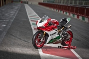 1 Ducati 1299 Panigale R Final Edition4