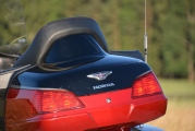 1 Honda GL1800 Gold Wing Deluxe 2015 test02