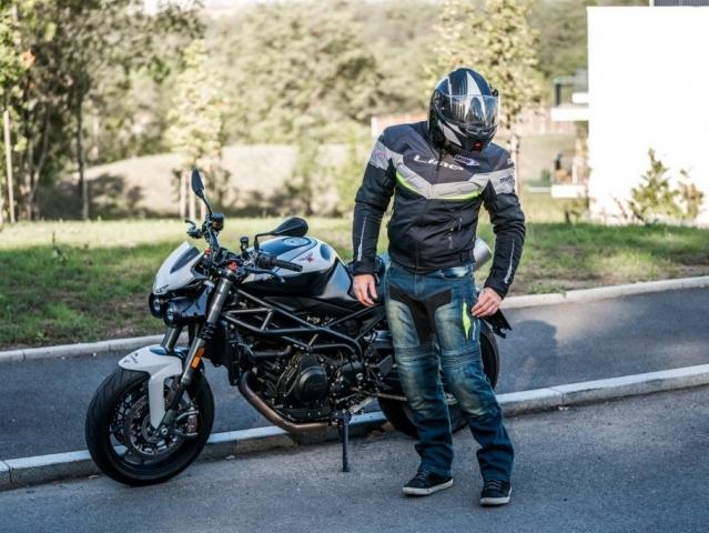 065681ba24a ... Hlavní obrázek k článku  Test MBW Kevlar Jeans Mark  pánské džíny