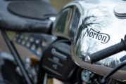 1 Norton Dominator9