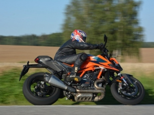 Test KTM 1290 Super Duke R: Troufneš si na mne?